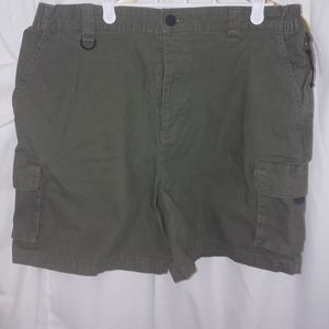 Men's size 36 khakis by Windriver.